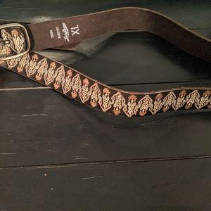 Lucky belt